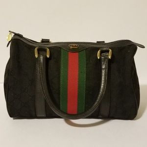 Beautiful vintage Boston Gucci bag